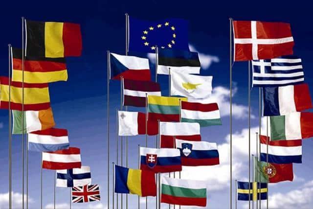 Groupement de drapeaux européens