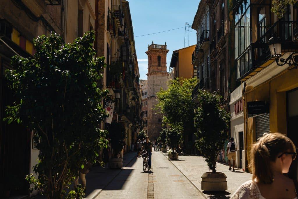 camp en été pour les adolescents à valencia